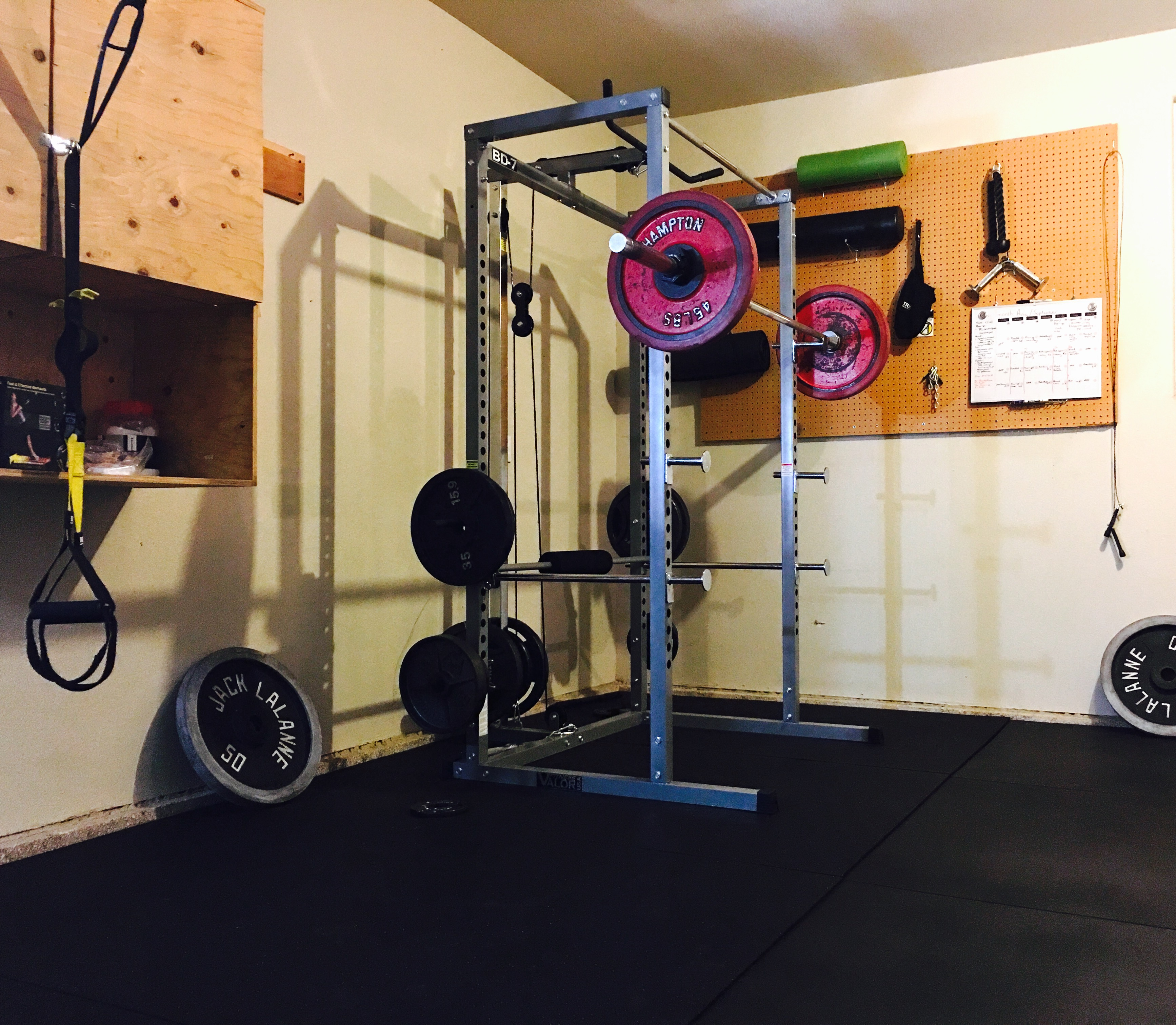 Equipment review valor bd squat rack u garage gym fitness